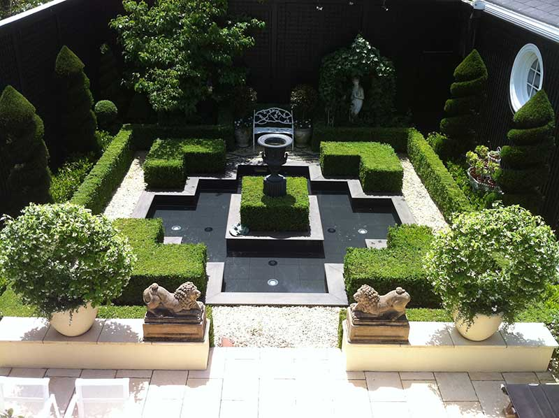 Anthony Trumble Designer Gardens